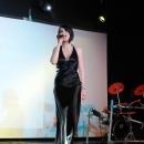djdenis-avec-chanteuse-percu