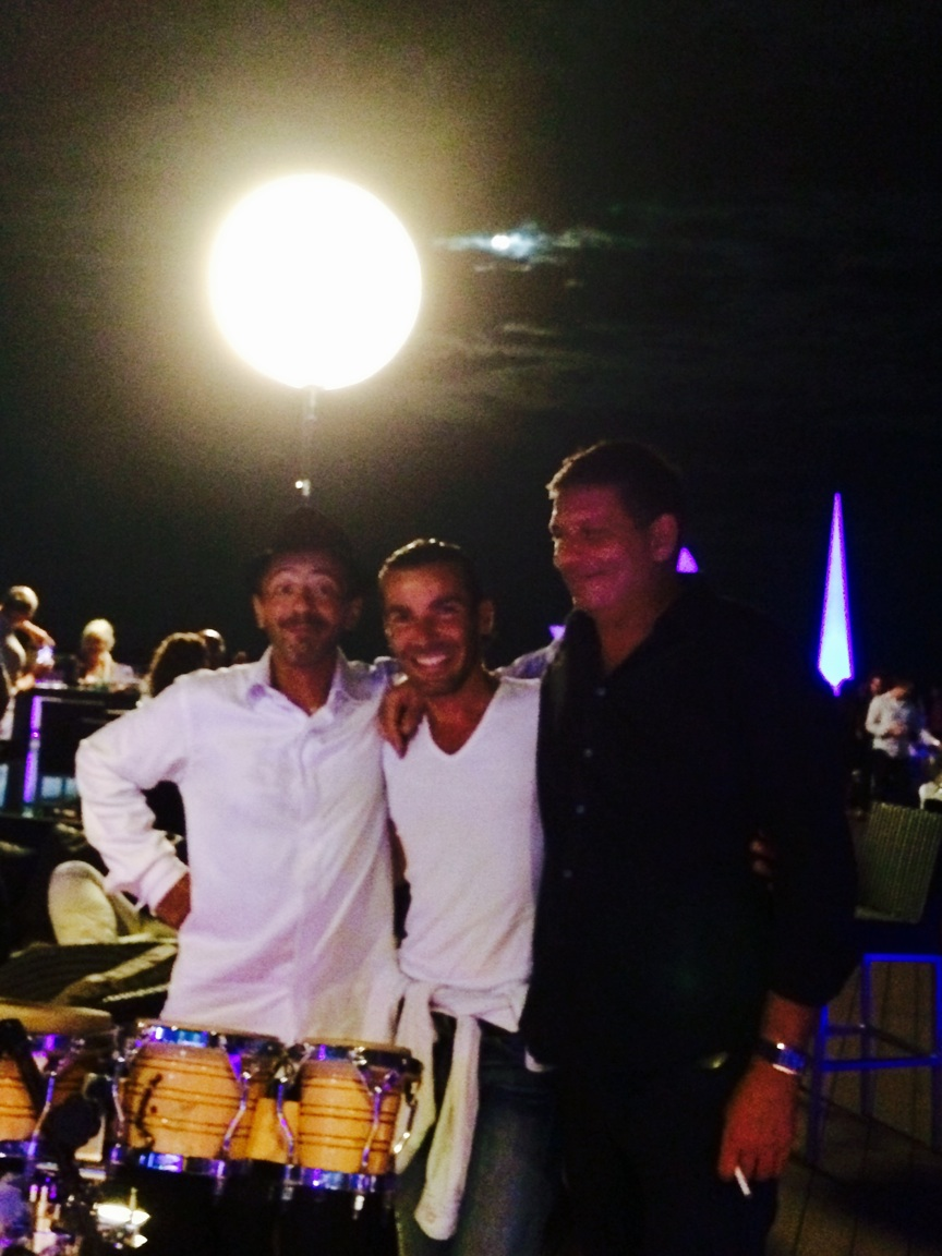 Trio sax perçu et Dj